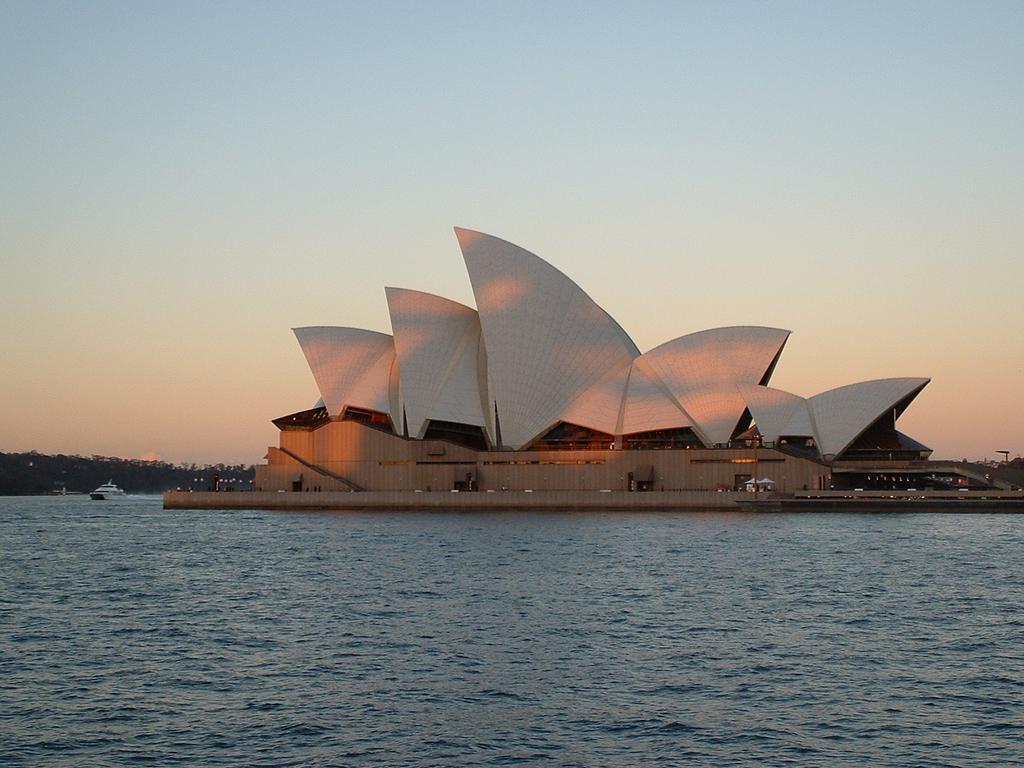 sydney opera house images australia